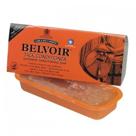 Belvoir Glycerine Leather Tack Conditioning Soap (Step 2)